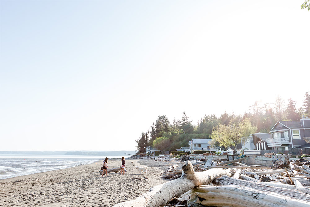 """<a href=""""http://stanwood-camano-windermere.withwre.com/juniper-beach""""><h4>Juniper Beach</h4> Camano Island</a>"""